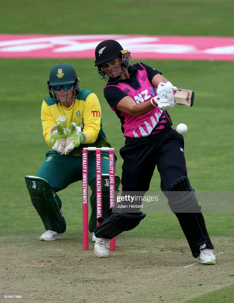 New Zealand Women vs South Africa Women - International T20 Tri-Series