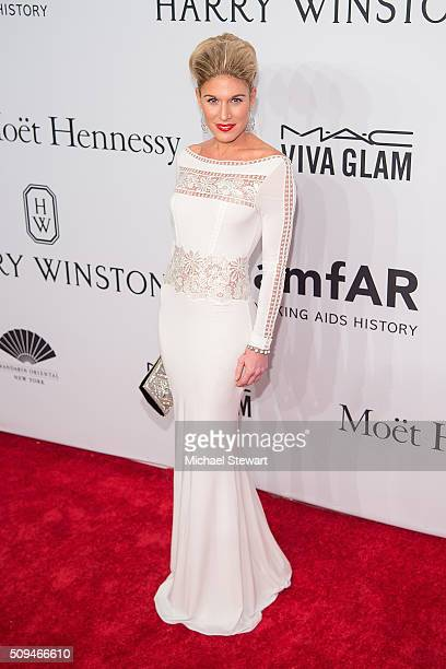 Lizzie Tisch attends the 2016 amfAR New York Gala at Cipriani Wall Street on February 10 2016 in New York City