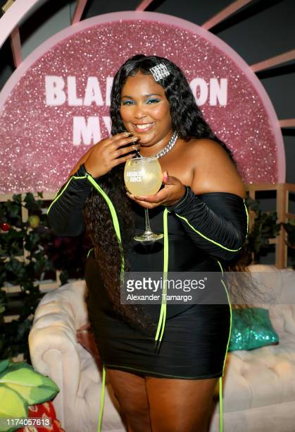 Lizzo and fans #GetJuicy after her concert at the Absolut Juice afterparty on September 12, 2019 in Miami Beach, Florida.