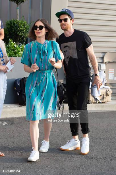Lizzy Caplan and Tom Riley at the US Open on August 31, 2019 in New York City.