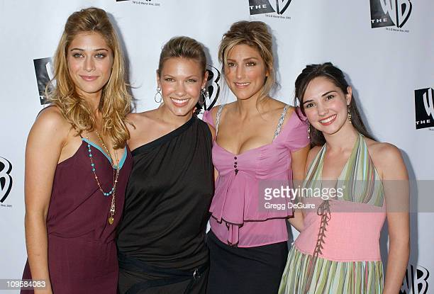 Lizzy Caplan Kiele Sanchez Jennifer Esposito and Laura Breckenridge