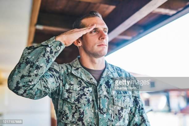私は私の国を誇りに思います - 将校 ストックフォトと画像