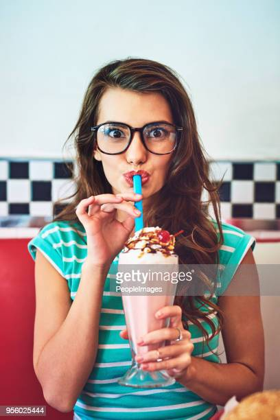 i'll risk the brain freeze - milkshake imagens e fotografias de stock