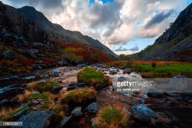 llanberis pass, ogwen valley, snowdonia, wales - famous place stock pictures, royalty-free photos & images