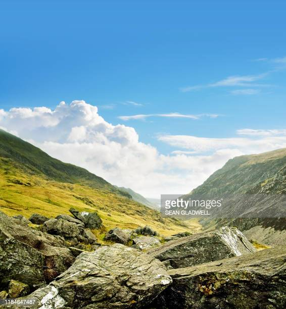 llanberis pass snowdonia in wales - north wales stock pictures, royalty-free photos & images