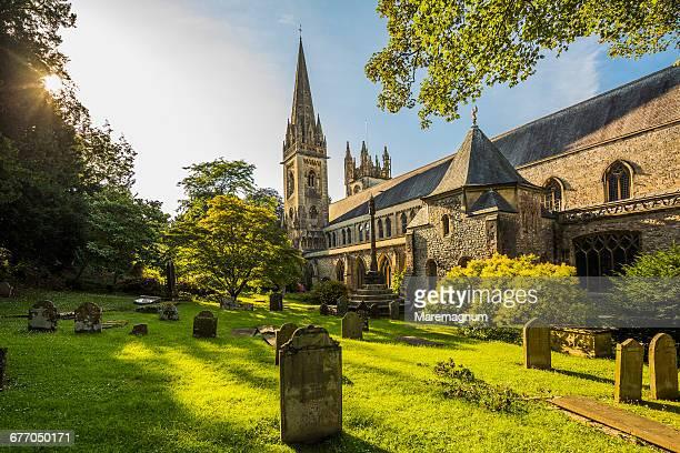 llandaff, view of the llandaff cathedral - cardiff wales stockfoto's en -beelden