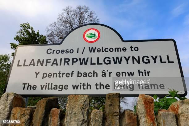 Llanfairpwllgwyngyll name sign