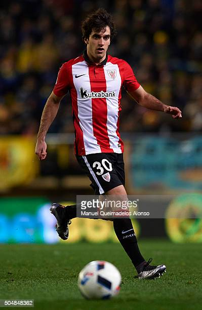 Llekue of Athletic Club runs with the ball during the Copa del Rey Round of 16 second leg match between Villarreal CF and Athletic Club de Bilbao at...