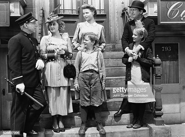 Lloyd Nolan as Officer McShane Joan Blondell Aunt Sissy Nolan Dorothy McGuire as Katie Nolan Ted Donaldson as Neeley Nolan James Dunn as Johnny Nolan...