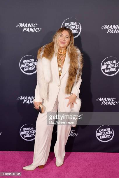 Lo Wheeler Davis attends the 2nd Annual American Influencer Awards at Dolby Theatre on November 18, 2019 in Hollywood, California.