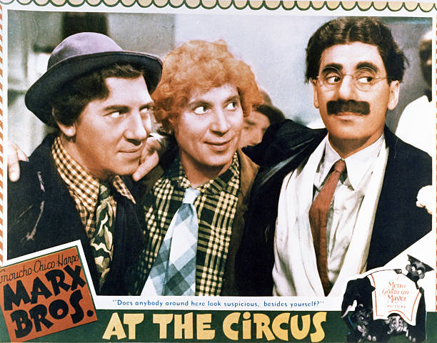 lobby-card-for-the-1939-marx-brothers-co