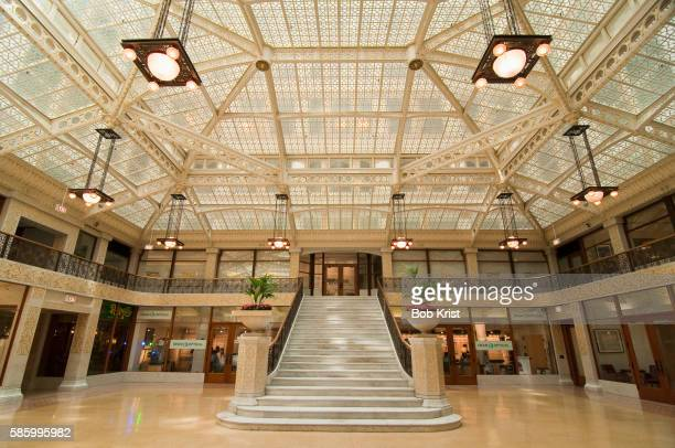 lobby of the rookery building - rookery building stock pictures, royalty-free photos & images