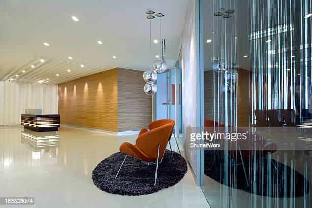 lobby reception & waiting area - hotel lobby stock pictures, royalty-free photos & images