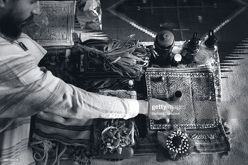Lobo Siete Truenos, makes preparations for an Ayahuasca ceremony : News Photo