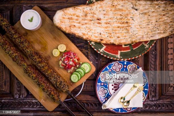 local indian pakistani cuisine - punjabe - fotografias e filmes do acervo