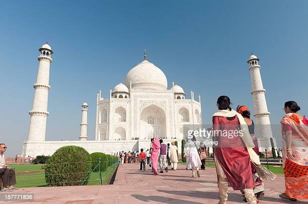 Local Indian tourists walking to the Taj Mahal