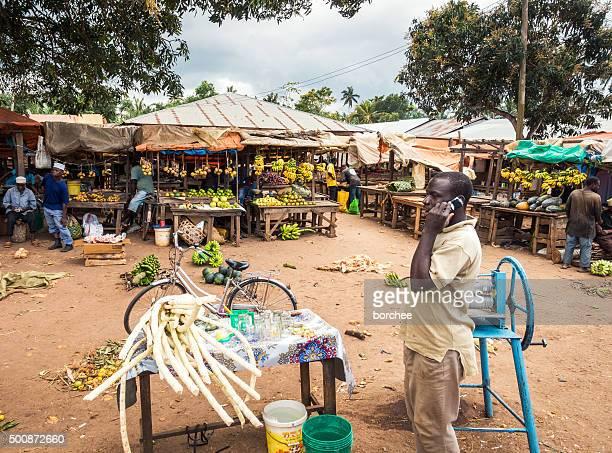 Marché Local sur l'île de Zanzibar