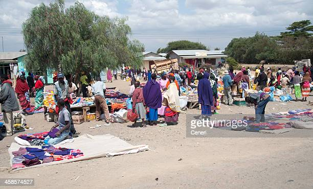local outdoor market in tanzania, africa - arusha national park stock photos and pictures
