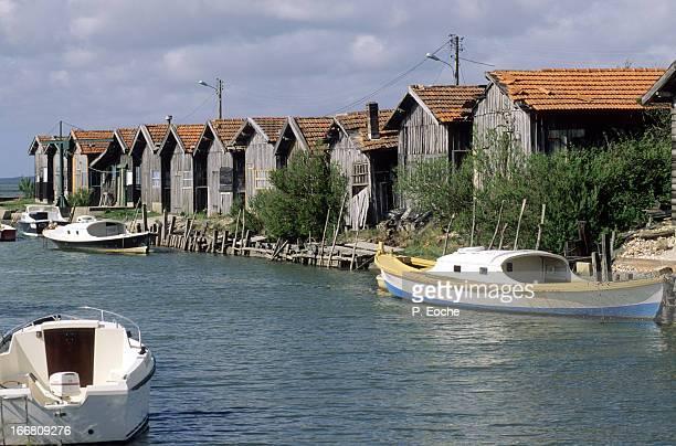 Local oyster huts and boats 'Pinasses'