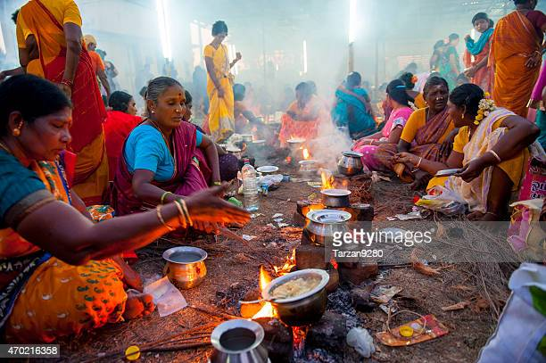 local women cooking together, india - tamil nadu stock pictures, royalty-free photos & images