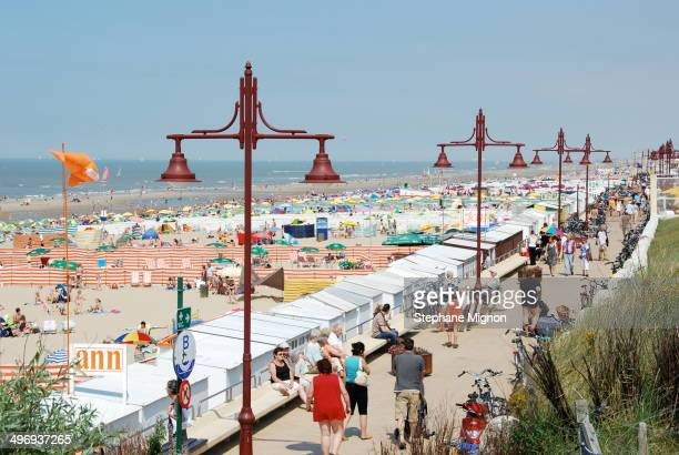 CONTENT] Located 10 miles east of Ostend CoqSurMer has the most beautiful beach on the entire Belgian coast without breakwater several kilometers