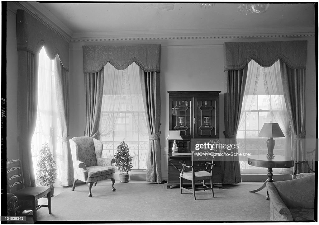 60 top 1920s living room pictures photos images getty images rh gettyimages co uk