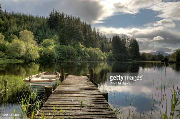 loch ard jetty - pier stock pictures, royalty-free photos & images