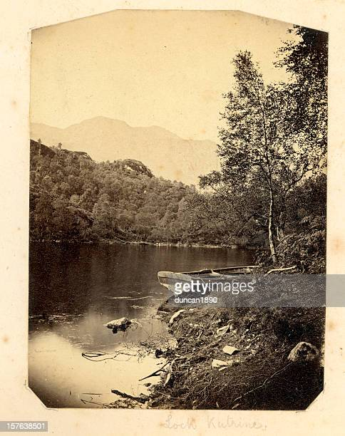 loch katrine - sepiakleurig stockfoto's en -beelden