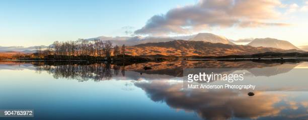 lochan na h-achlaise reflections panoramic #2 - 4k resolution stock pictures, royalty-free photos & images