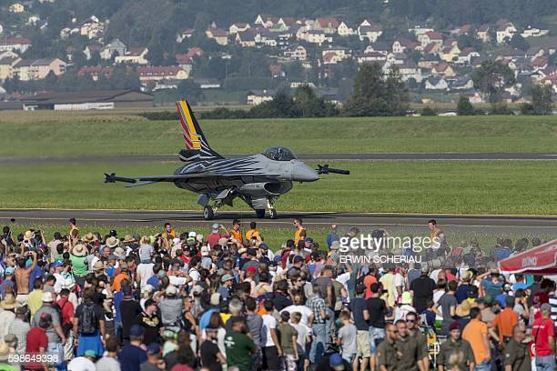 A Lockheed Martin F16 Fighting Falcon of the Belgium Airforce lands during the Airshow 'Airpower 16' on September 2 in Zeltweg Austria / AFP / APA /...