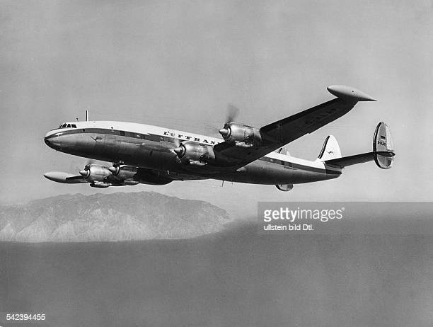 Lockheed Super Constellation im Flug 1975