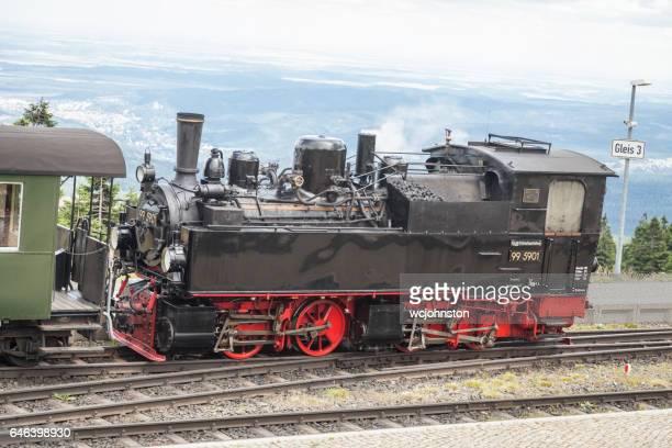 lokomotive auf die brockenbahn harz steam railway (brocken bahnhof, deutschland). - erster platz stock-fotos und bilder