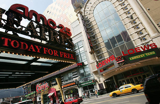 Fotos e imágenes de Movie Theater Chains AMC And Loews To