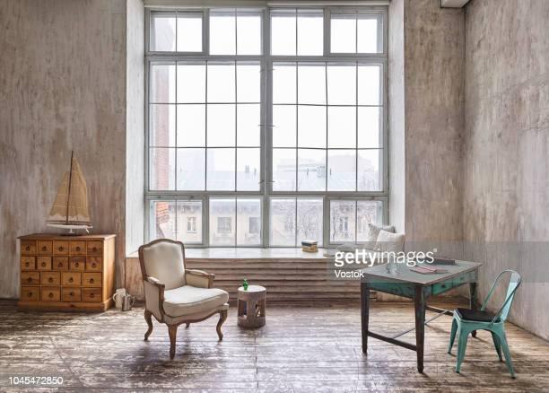loft-studio apartment in moscow - grote borsten stockfoto's en -beelden