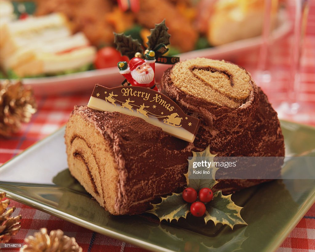 Log shaped chocolate cake for Christmas : Stock Photo