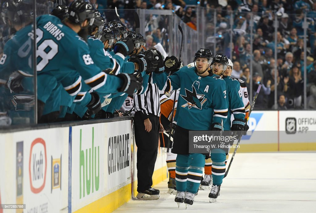 Logan Couture #39 of the San Jose Sharks is congratulated by teammates after he scored a goal against the Anaheim Ducks during the first period in Game Three of the Western Conference First Round during the 2018 NHL Stanley Cup Playoffs at SAP Center on April 16, 2018 in San Jose, California.