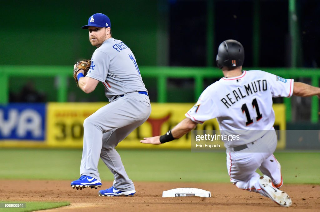 Los Angeles Dodgers v Miami Marlins : News Photo