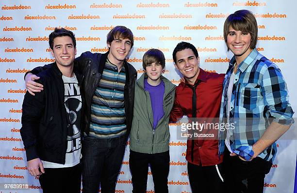 *EXCLUSIVE* Logan Henderson Kendall Schmidt Justin Bieber Carlos Pena and James Maslow attend the Nickelodeon 2010 Upfront Presentation at...
