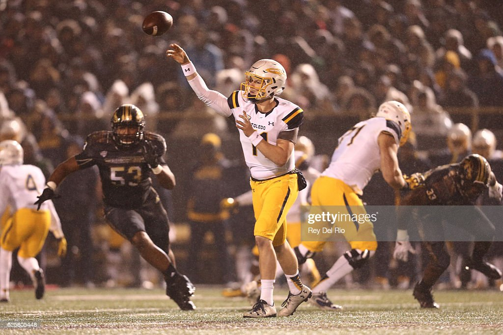 Toledo v Western Michigan : News Photo