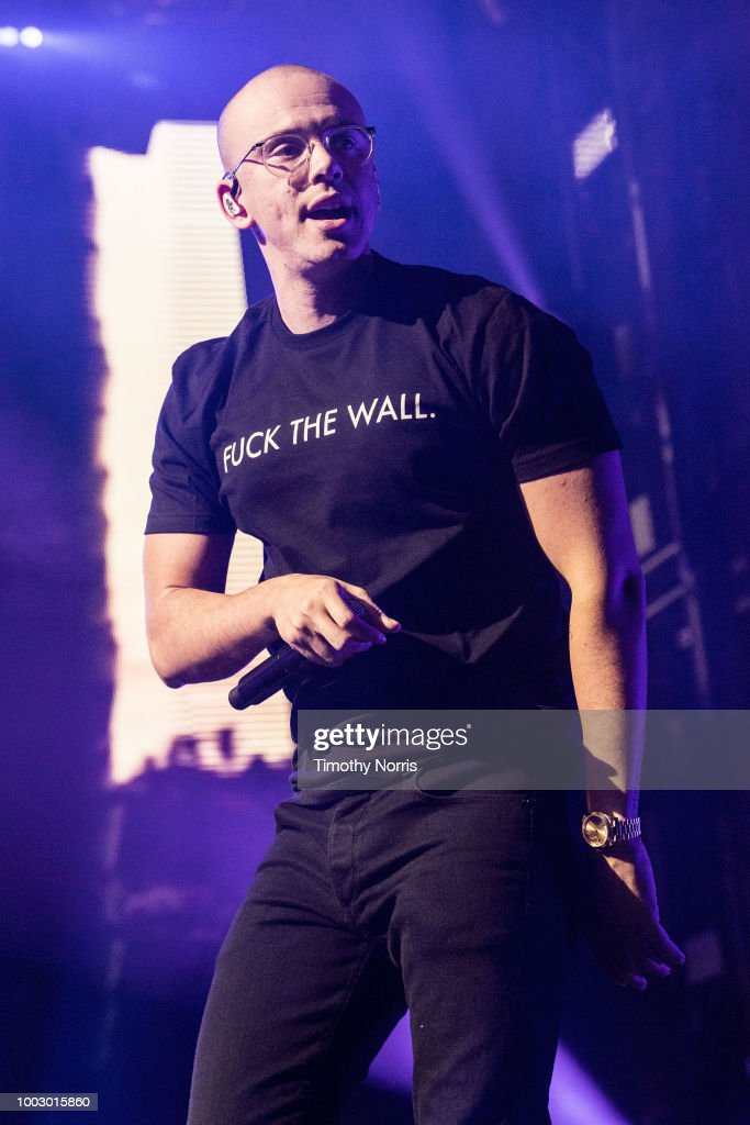 Logic Performs At The Forum