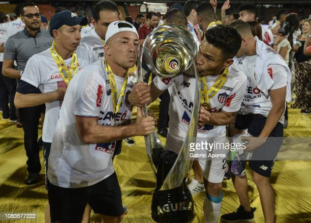 A logistic assistant and Teofilo Gutierrez of Junior celebrate as champions after the second leg final match of the Torneo Clausura Liga Aguila 2018...