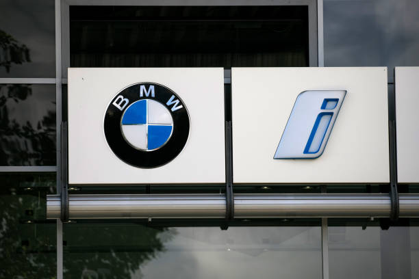 DEU: BMW AG Warning on Chip Woes Overshadows Strong Earnings