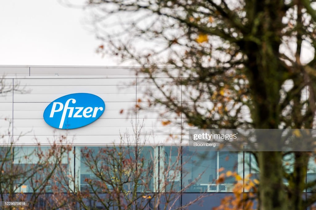 Pfizer Inc.'s European Facilities With Drug Maker Soaring On Vaccine : News Photo
