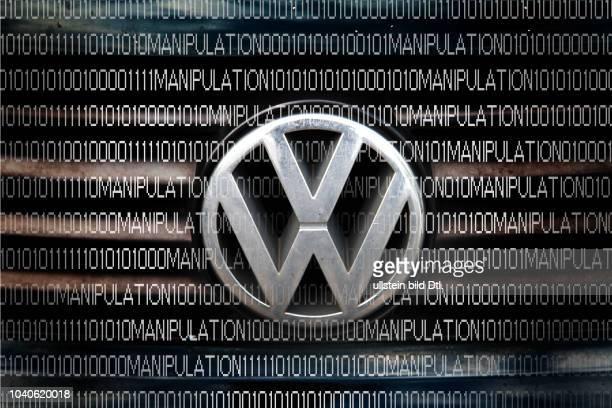 VW Logo mit Software Daten