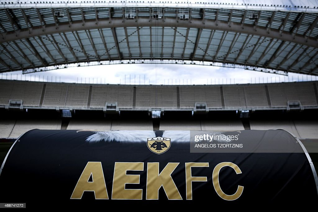 FBL-GRE-AEK : News Photo