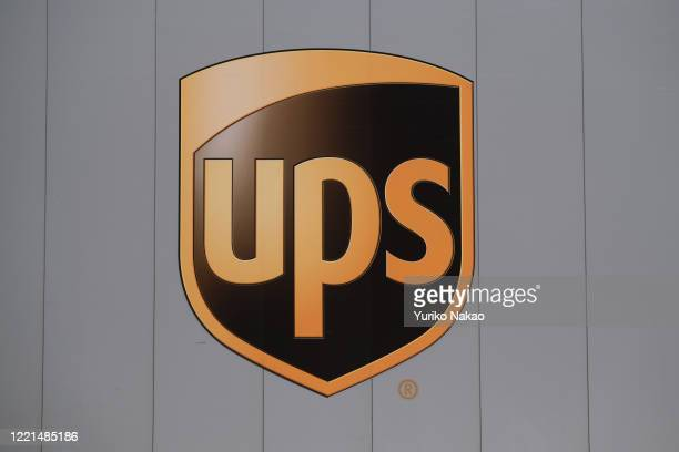 2 192 Ups Symbol Photos And Premium High Res Pictures Getty Images