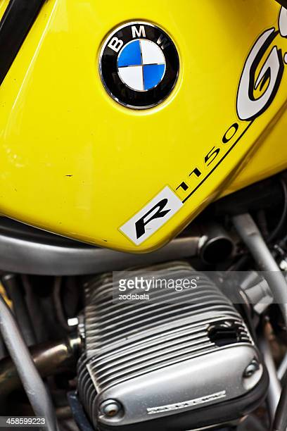 bmw logo on a r 1150 motorbike - bmw stock pictures, royalty-free photos & images