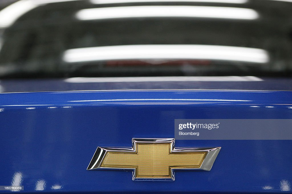 A logo sits on the trunk of a Chevrolet Aveo automobile, a division of General Motors Co. (GM), on the production line at the GAZ Group plant in Niznhy Novgorod, Russia, on Tuesday, Feb. 5, 2013. GAZ, which is controlled by Russian billionaire Oleg Deripaska, plans to make 30,000 Aveo sedans and hatchbacks a year at its plant in Nizhny Novgorod starting in mid-2012. Photographer: Alexander Zemlianichenko Jr./Bloomberg via Getty Images