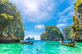 Loh Samah Bay, Phi Phi island