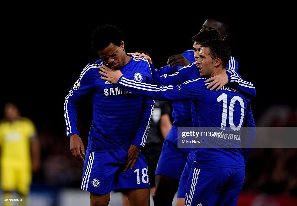 Loic Remy of Chelsea (#18) pulls up injured after scoring the opening goal during the UEFA Champions League Group G match between Chelsea FC and NK Maribor at Stamford Bridge on October 21, 2014 in London, United Kingdom.